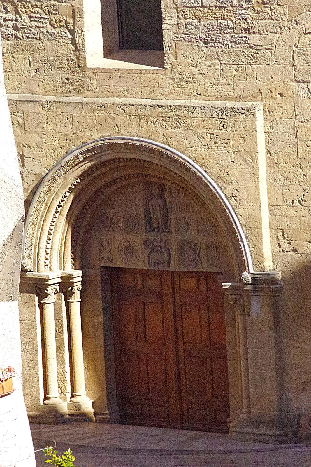 Salon de provence saint michel art roman corse provence - Allocine salon de provence les arcades ...