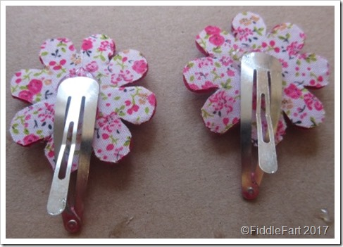 felt daisy hair clips 6
