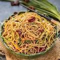 Garlic Noodles | Chinese Style Chilli Garlic Noodles (Vegan)