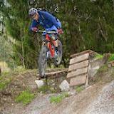 Drops und Spitzkehren im Bikepark Latsch
