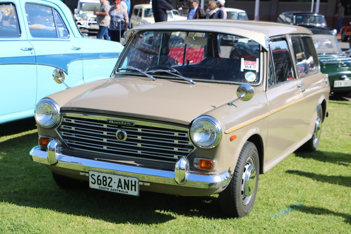 Austin 1300 Shooting Brake - British_Classic_Tour_6_May_2018_0020.JPG