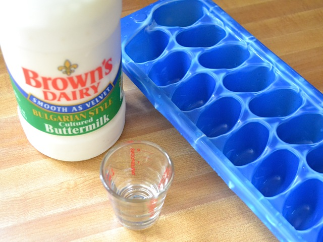 How to Freeze Buttermilk: Measure
