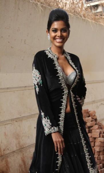 Rohit Verma's Bridal Glamorous Collection 2011 'Shehnai Ki