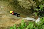 Toboggan très vertical dans ce canyon