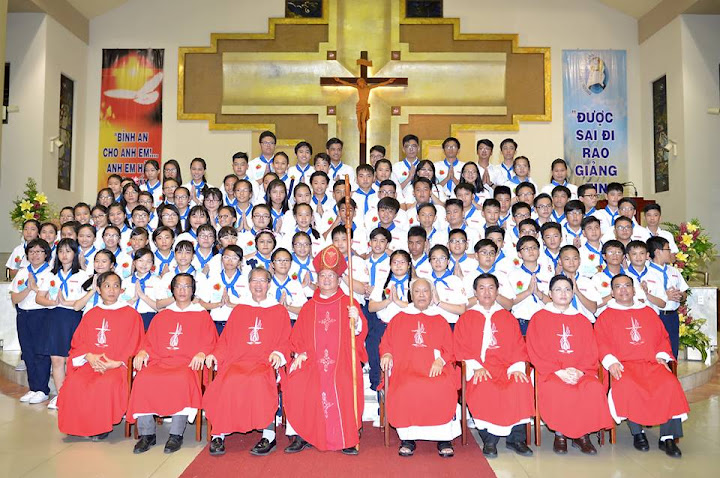 Hồng Ân Chúa Thánh Thần 2016