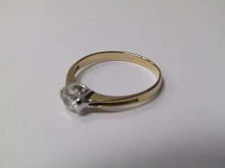 14 K Gold & Single Stone Ring