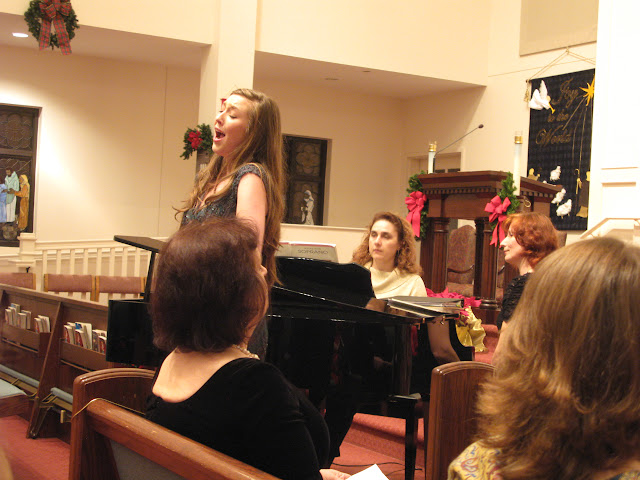 Classical Music Evening with voice students of Magdalena Falewicz-Moulson, GSU, pictures J. Komor - IMG_0662.JPG