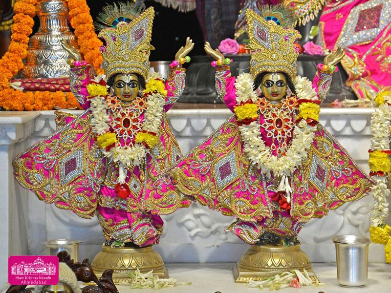 ISKCON Hare Krishna mandir Ahmedabad 04 Jan 2017 (8)