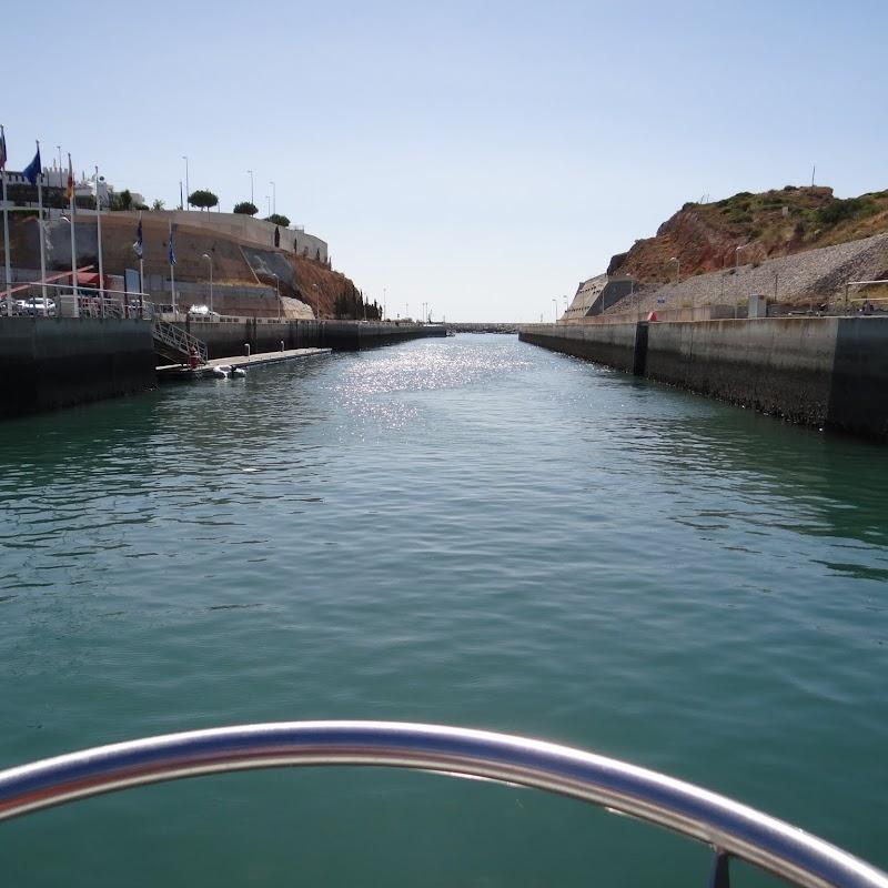 Day_5_Boat_Trip_003.JPG
