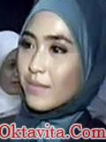 Gambar April Jasmine Tanpa Jilbab Hijab