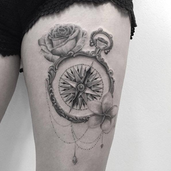 este_ornamentado_bssola_tatuagem