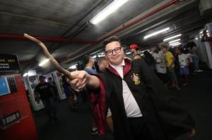 Paixão por games reúne várias gerações, tem até Cosplay de Harry Potter