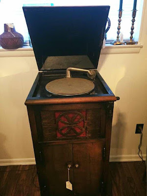 The Victrola That Built Me