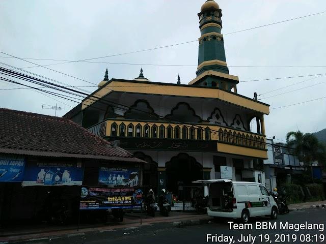 Kegiatan Bersih-bersih Masjid Istiqomah Tidar warung, Tidar Selatan, Kecamatan Magelang Selatan, Kota Magelang dan Musholla Al-Barokah Mejing 3 Candimulyo, Kabupaten Magelang
