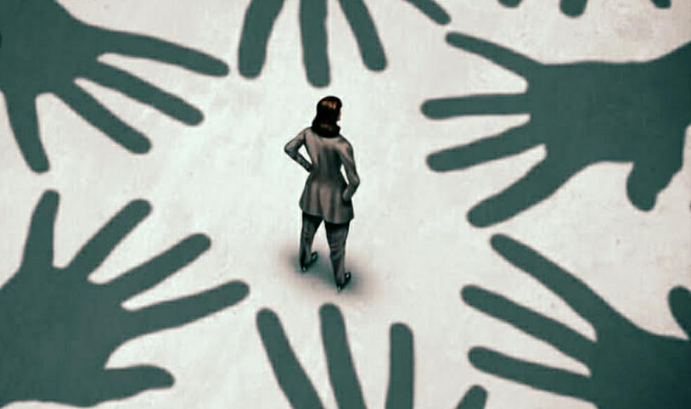 ಮಾಸ್ಕ್ ಯಾಕೆ ಹಾಕಿಲ್ಲ..? ಎಂದು ಪ್ರಶ್ನಿಸಿದ ಮಹಿಳಾ ಕಾನ್ಸ್ಟೇಬಲ್ ಗೆ ಲೈಂಗಿಕ ಕಿರುಕುಳ..
