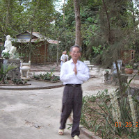 [TSPT-0020] Phật tử thăm Tu viện - Giáo sư Chung (2006)