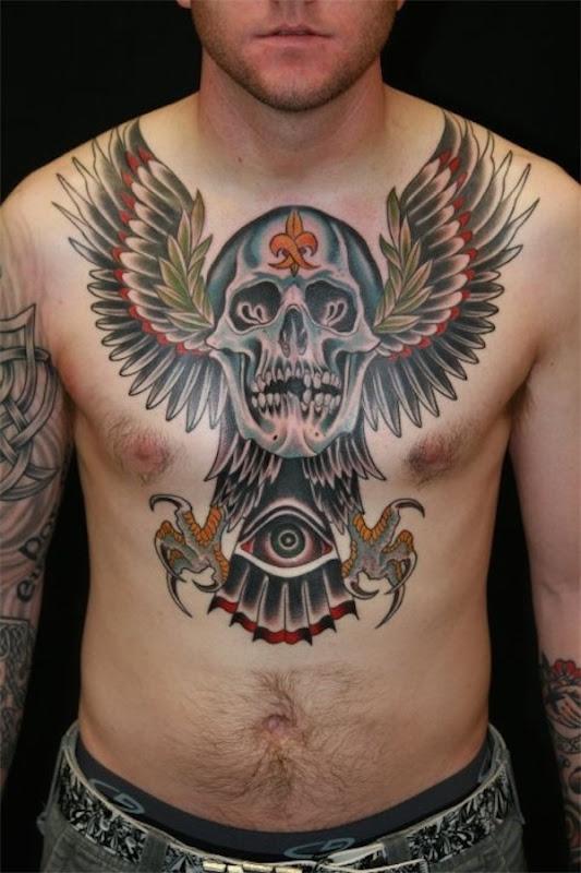 crnio_alado_tatuagem_no_peito