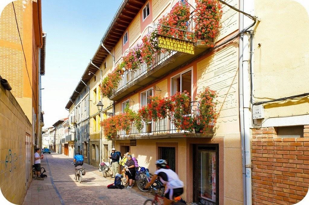 Albergue de peregrinos Cuatro Cantones, Belorado, Burgos :: Albergues del, Camino de Santiago