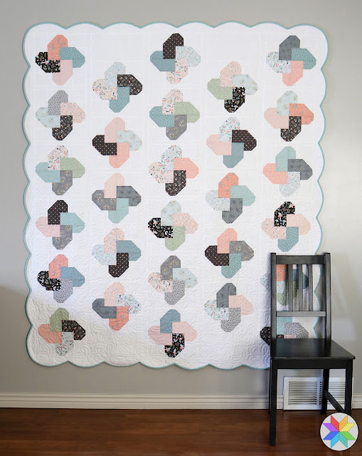 Winsome quilt made by Andy of A Bright Corner - a fat quarter pattern - love the scallop border