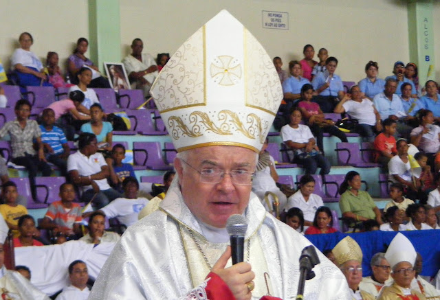 Vatican diplomat accused of pedophilia escapes Dominican Republic
