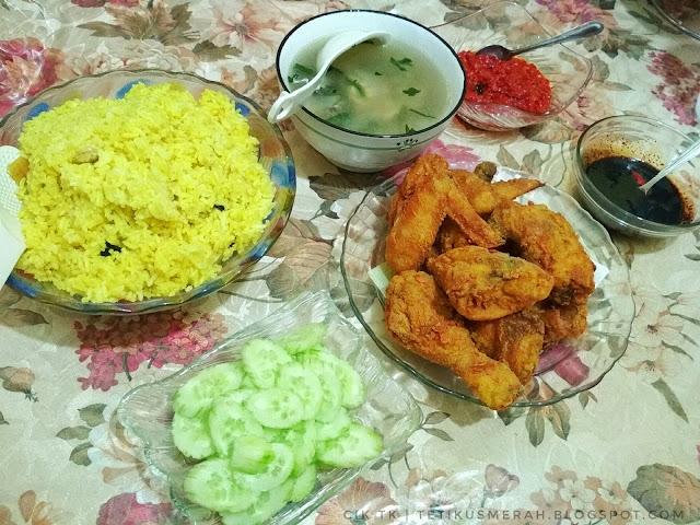 Hidangan nasi ayam