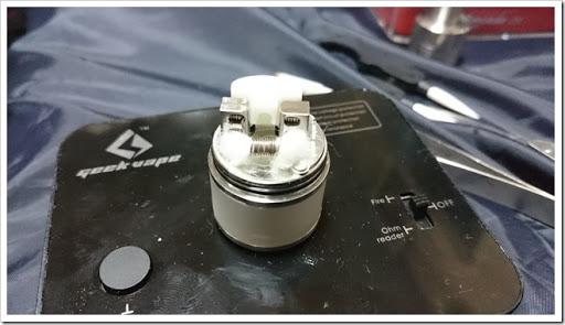 DSC 1880 thumb%25255B2%25255D - 【RTA】24mm径の大型リークなしタンク登場!GeekVape Avocado 24レビュー【エアフロー&ドロー変幻自在マン!】
