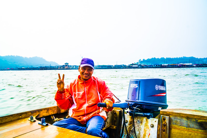 Brunei Water taxi driver