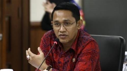 Abdul Rachman Thaha: Rencana Kemendagri Buat E-KTP Untuk Transgender Mengarah Ke Legalitas LGBT