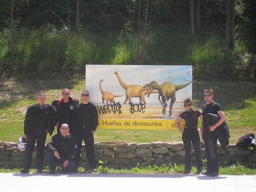 DOMINGO 1 DE JUNIO,TRAS LAS HUELLAS DE LOS DINOSAURIOS La+huella+de+los+dinosaurios+018