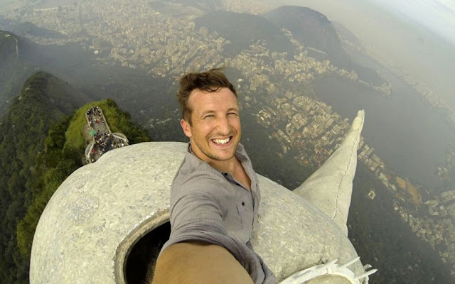 Here Are 6 Of The Most Dangerous Selfies Ever Taken 4