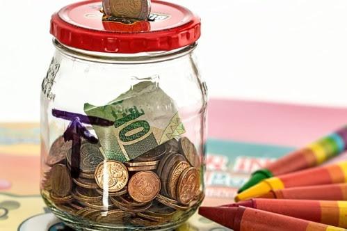 Maneras sencillas de ahorrar dinero este año