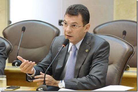 Segurança%2c educação e esportes são priorizados em indicações do deputado Dison Lisboa