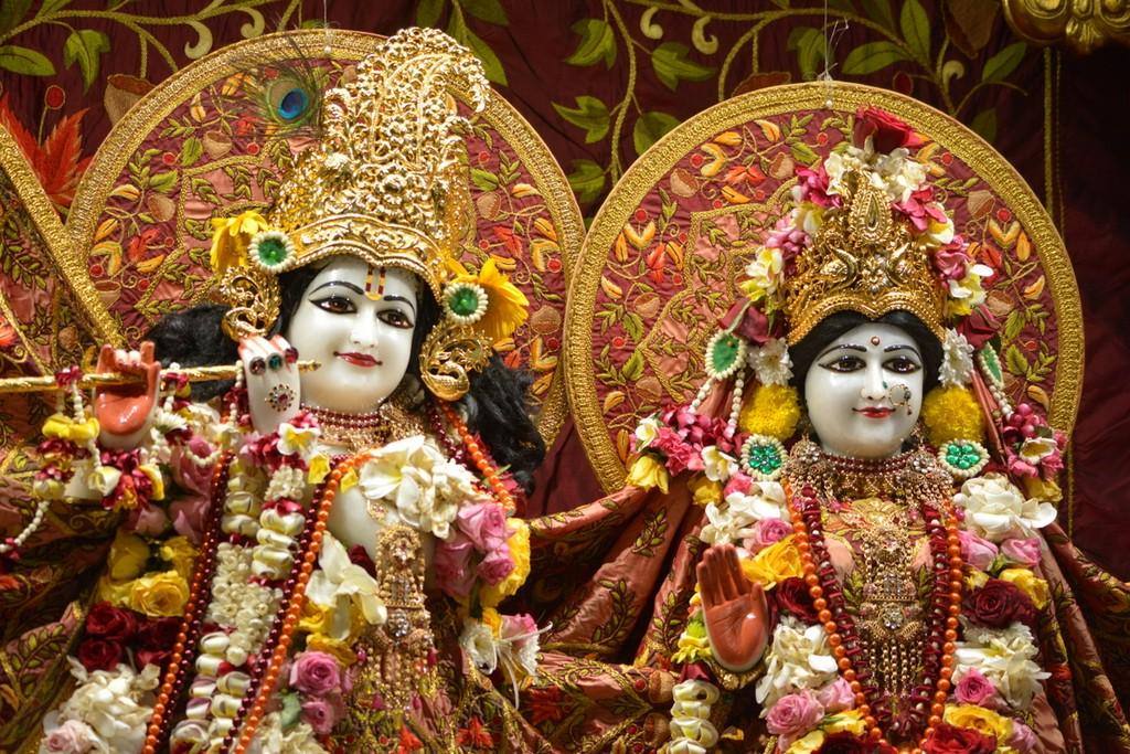 ISKCON Juhu Deity Darshan 28 Mar 2016  (29)