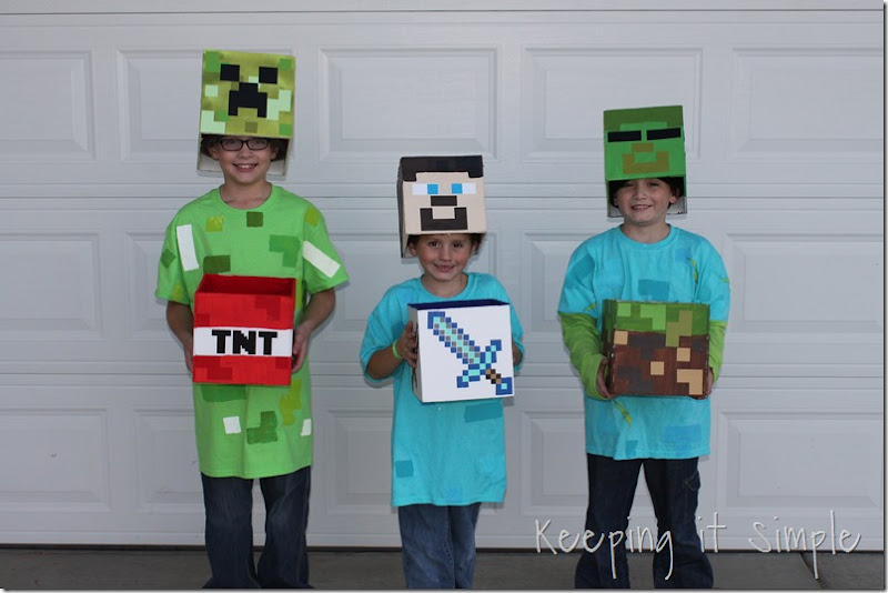 Diy minecraft costumes creeper steve and zombie costume keeping diy minecraft creeper steve and zombie costumes 18 solutioingenieria Images