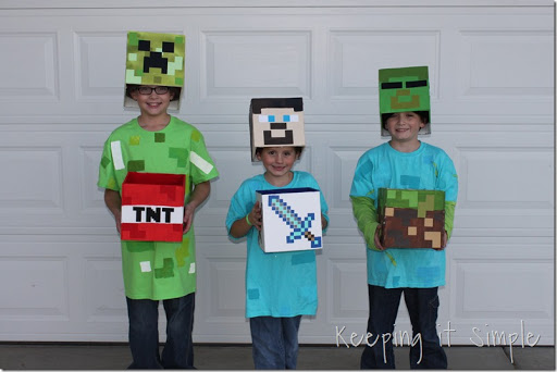 DIY-Minecraft-Creeper-Steve-and-Zombie-Costumes (18)  sc 1 st  Keeping it Simple Crafts & DIY Minecraft Costumes- Creeper Steve and Zombie Costume u2022 Keeping ...