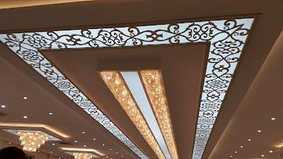 Décorations de plafonds en gypse et platre français