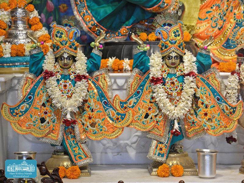 ISKCON Hare krishna mandir Ahmedabad 14 Dec 2016 (11)