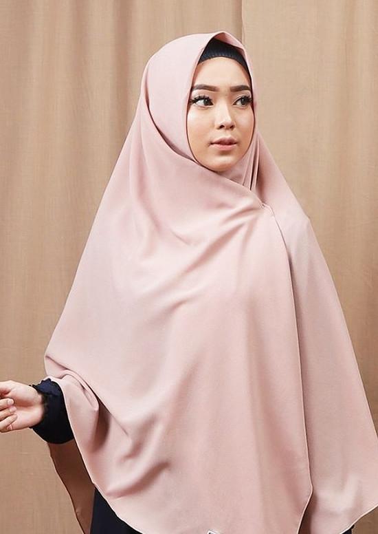 Hijab Segi Empat Panjang Polos