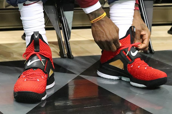 sports shoes 07e49 230cb LeBron Debuts 'Red' Diamond Turf 15s in Tribute to Deion ...