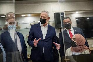 Gantz diz que 'milagre de Hanukkah' necessário para evitar novas eleições