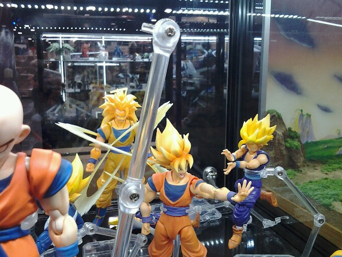 [S.H.Figuarts] Dragon Ball Z - Pagina 2 Ow.ly - image uploaded by %40TamashiiNations - Mozilla Firefox 11072012 205321