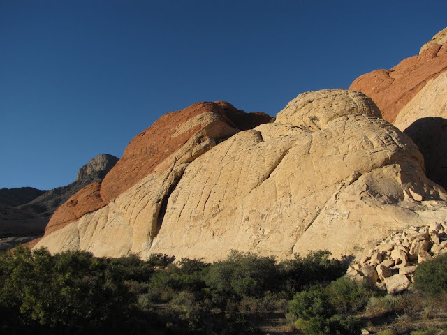 2010 - SX10_0887_Red_Rock_Canyon.JPG