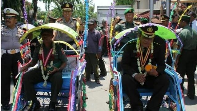 TNI - POLRI GUYUB RUKUN, NUANSA PERSATUAN DUA INSTITUSI INI MEMBUKTIKAN PADA SAAT PELEPASAN ANGGOTA MEMASUKI MASA PENSIUN (PURNAWIRAWAN)