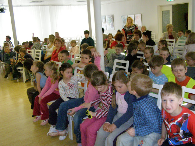 kontserdid   Ahtme linnaosa lasteaedade lastele  ja  gümnaasiumi algklasside õpilastele - P5210001.JPG