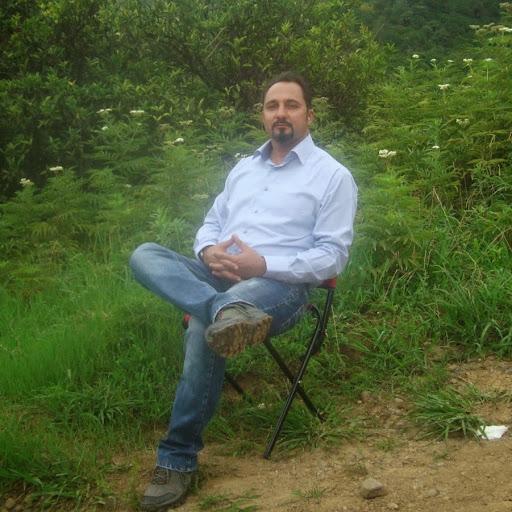 Amir Fathi Photo 21