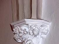 33 Egy középkori oszlopfő.JPG