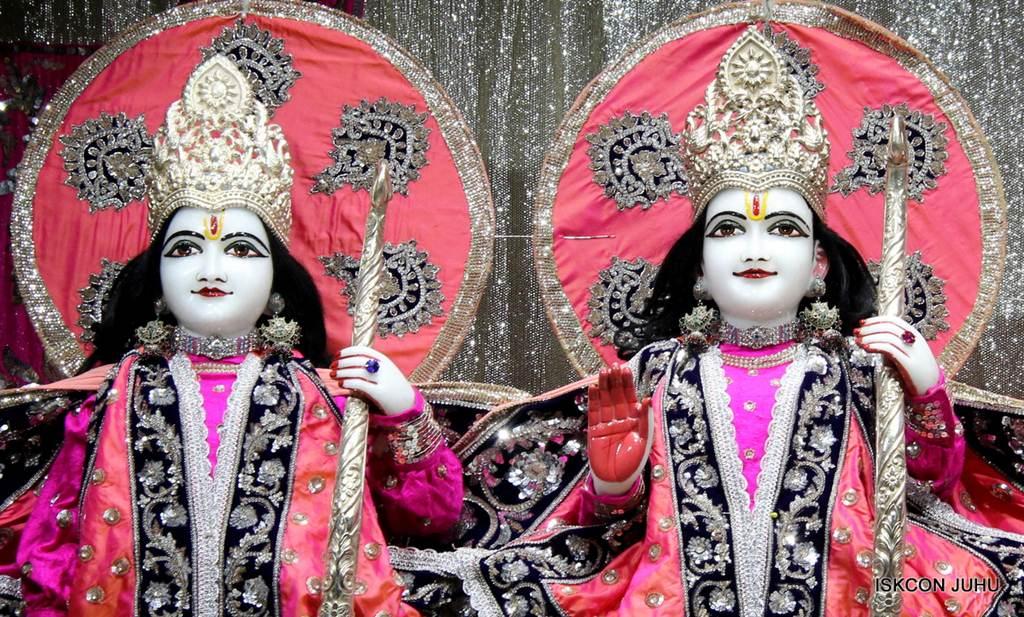 ISKCON Juhu Mangla Deity Darshan 18 Dec 2015 (1)