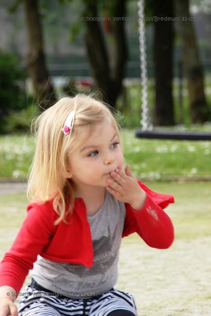 Skulp/Bredewei organiseerde schoolplein verkoop 20160522 - 2016%2BSchoolpleinverkoop3.jpg