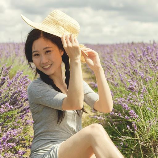 Lin Qiu Photo 30
