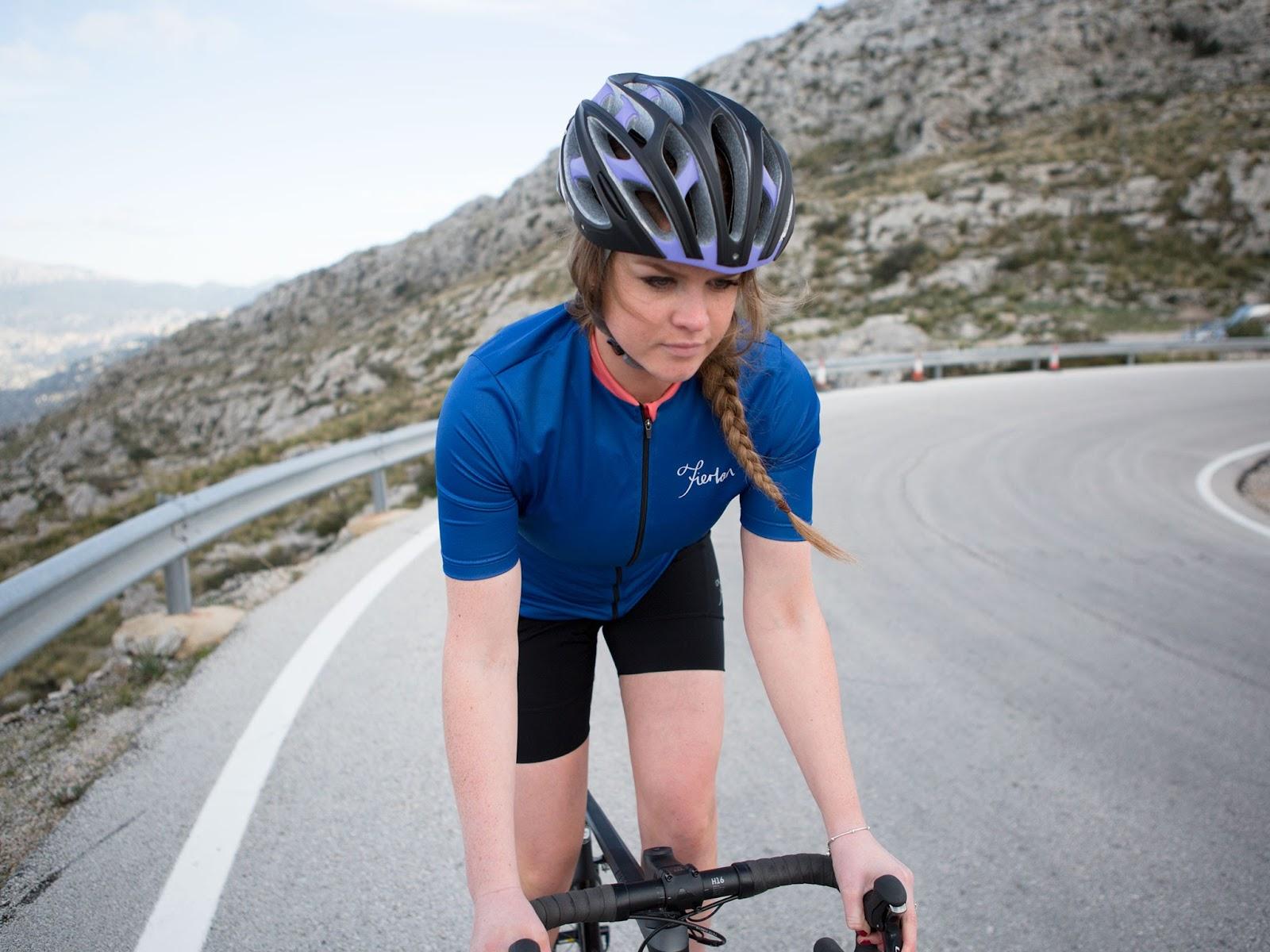 mulheres cabelo capacete bicicleta 4 - bike tribe.png